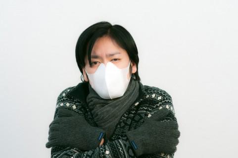 マスクをしている人