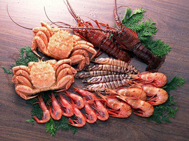 プリン体の多いエビや蟹