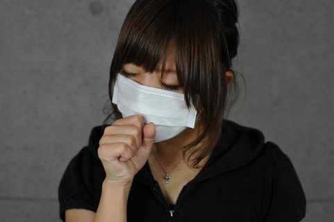 咳が止まらない人
