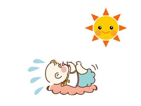 太陽の熱で汗をかいている赤ちゃん