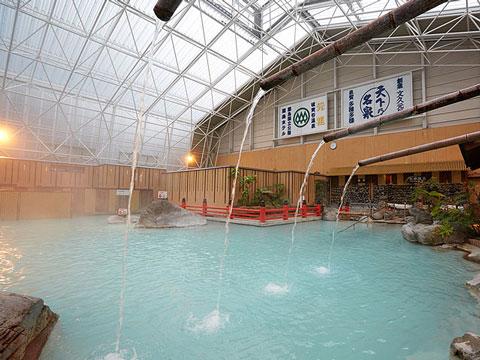 霧島ホテル庭園大浴場の打たせ湯