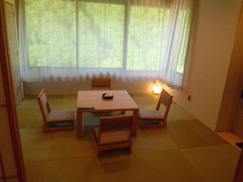 宇奈月温泉やまのはホテル別館の和室