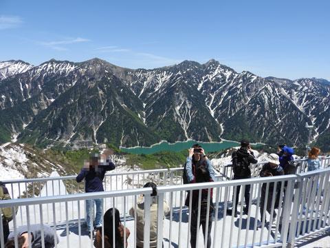 大観峰から黒部湖を見た景色